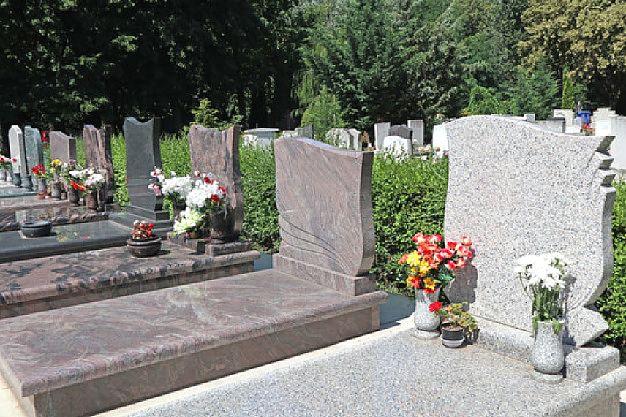 Pomníky a náhrobky Plzeň
